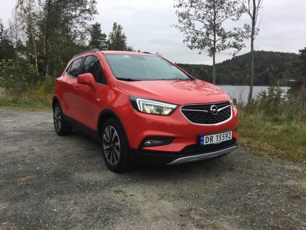 test av opel mokka x med opel onstar okt 2016 nybiltester. Black Bedroom Furniture Sets. Home Design Ideas